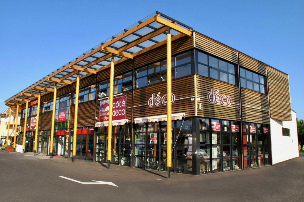 Centre du Léman, Douvaine, Haute Savoie - commerces