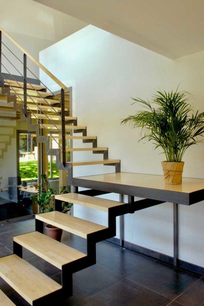 Maison Bois Prevessin Moens - plateforme escalier