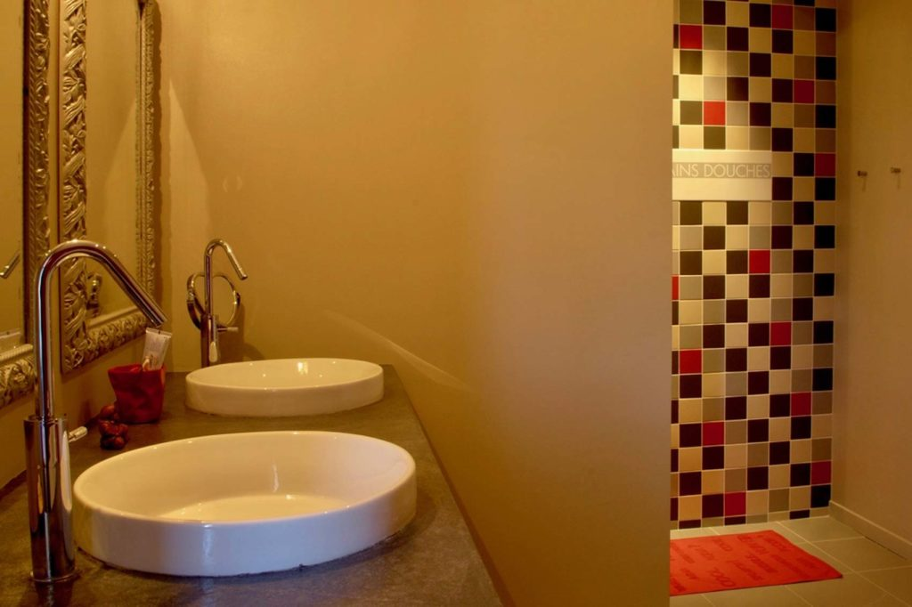 Maison Bois Villette d'Anthon - salle de bains