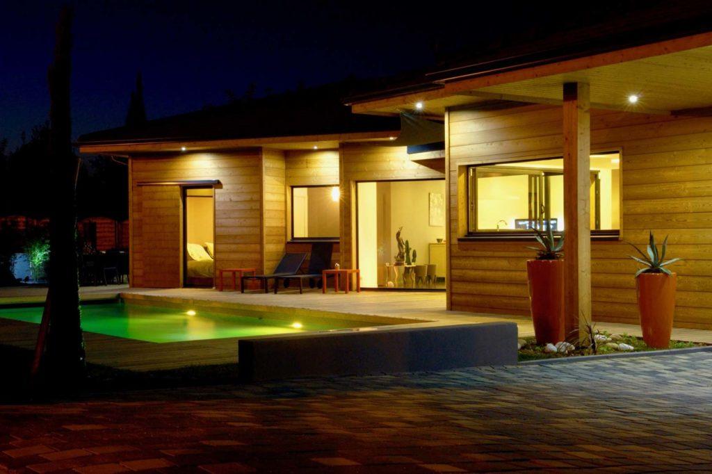 Maison Bois Villette d'Anthon - terrasse piscine