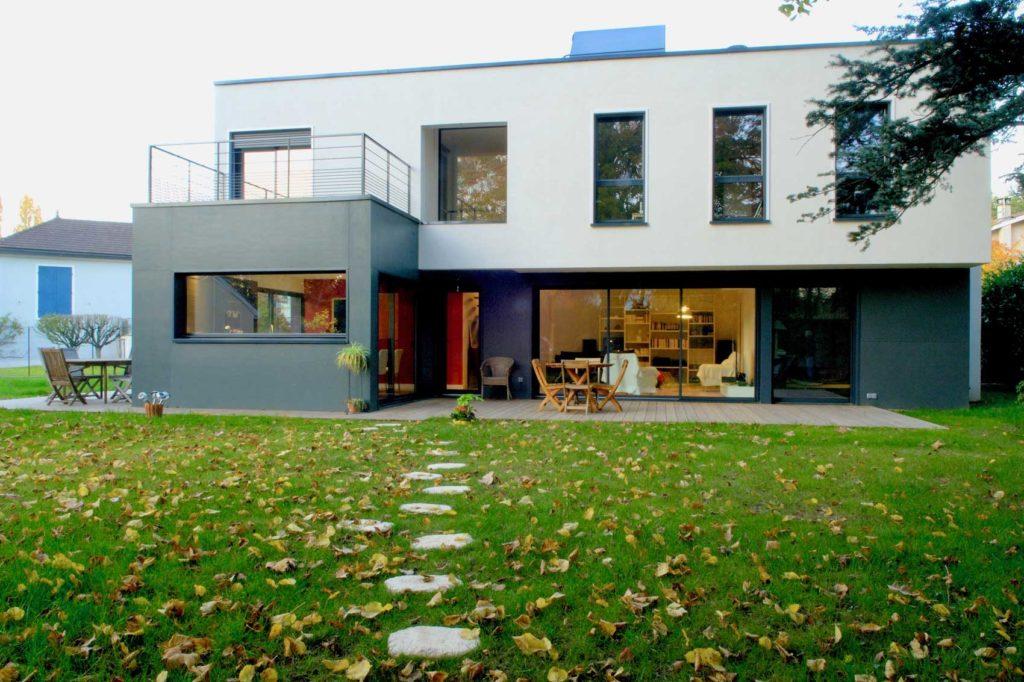 Maison bois Ecully - jardin