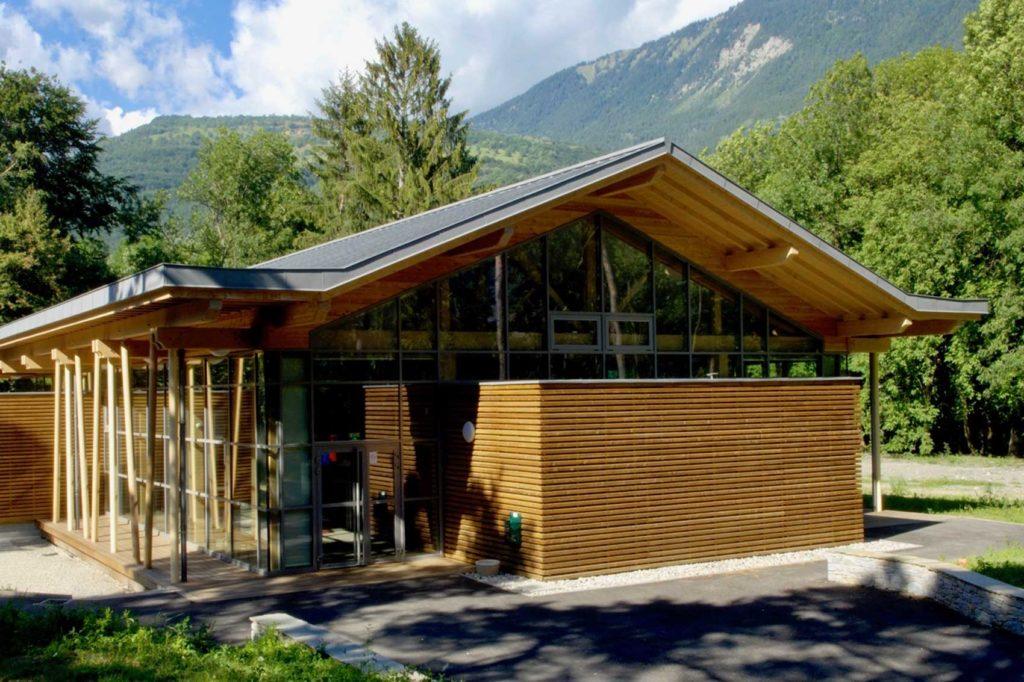 Salle polyvalente Aigueblanche - entrée